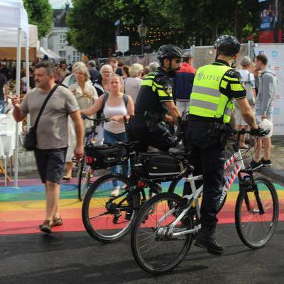 Politieagenten op de fiets