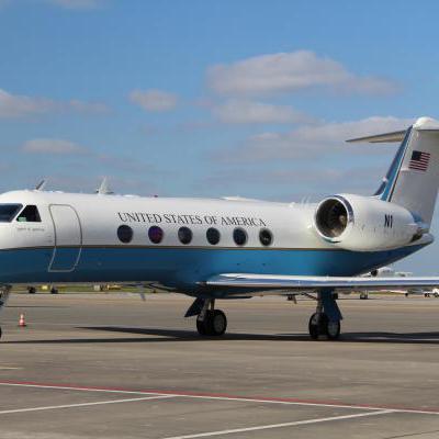 Ambassade Amerika vliegtuig