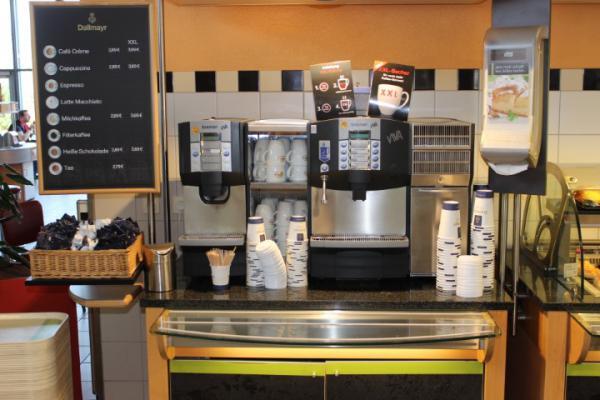 Meerderheid Nederlandse werknemers heeft vast ritueel bij koffiemoment