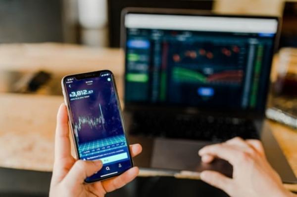 Hoe je als zzp-er kunt investeren in cryptocurrency?